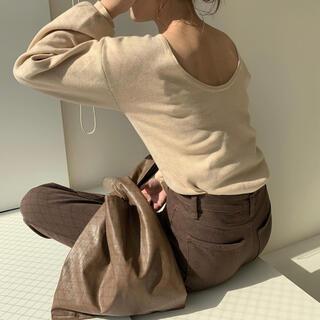 Kastane - back open milan rib knit (amiur)