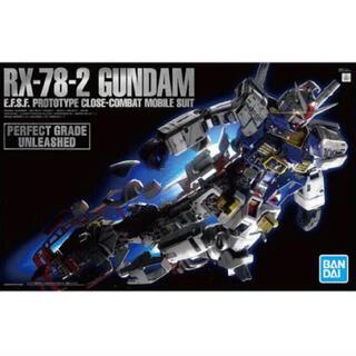 BANDAI - PG UNLEASHED 機動戦士ガンダム RX-78-2 ガンダム 1/60