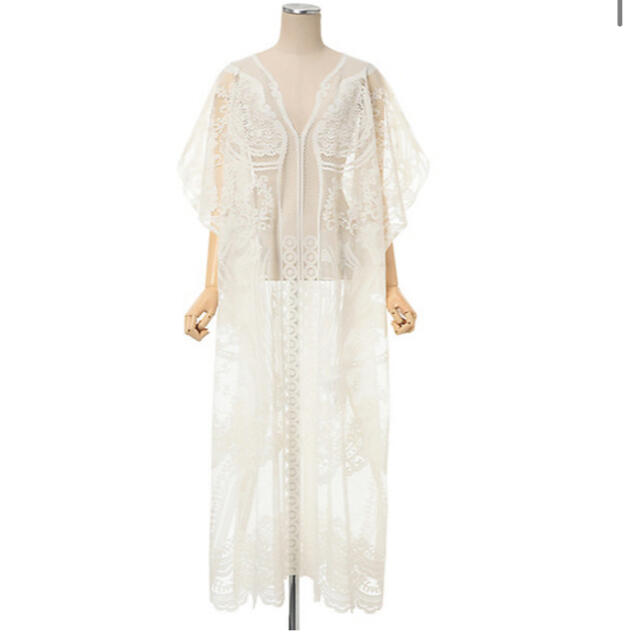 mame(マメ)の新品mame Curtain Lace Dress white レディースのワンピース(ロングワンピース/マキシワンピース)の商品写真