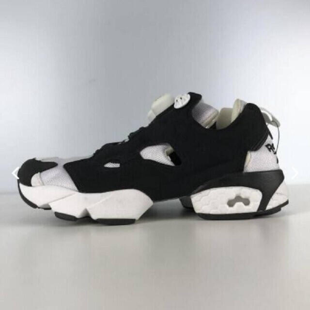 Reebok(リーボック)のReebok インスタ ポンプ フューリー レディースの靴/シューズ(スニーカー)の商品写真
