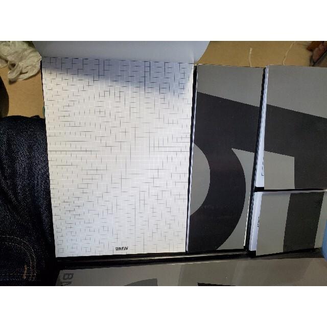 BMW(ビーエムダブリュー)の【限定品】BMW ノート メモ帳 非売品グッズ インテリア/住まい/日用品の文房具(ノート/メモ帳/ふせん)の商品写真