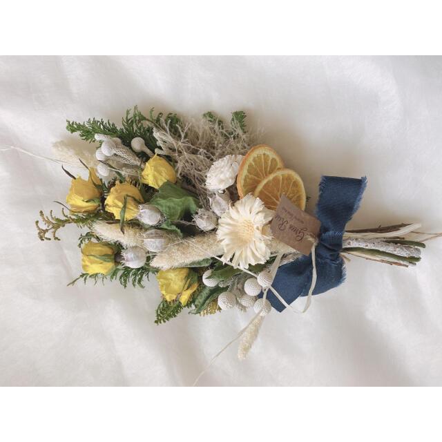 ✩.*˚ドライフラワースワッグ✩.*˚natural yellow rose ハンドメイドのフラワー/ガーデン(ドライフラワー)の商品写真
