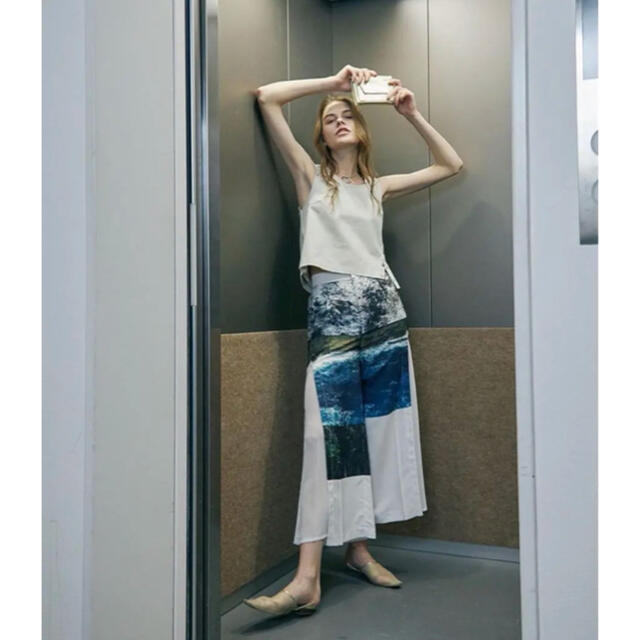 Ameri VINTAGE(アメリヴィンテージ)のアメリ AMERI MEDI MARIANA PANTS  レディースのパンツ(カジュアルパンツ)の商品写真