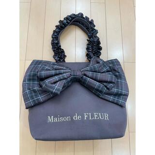 メゾンドフルール(Maison de FLEUR)のチェックリボンフリルハンドルトートMバッグ(トートバッグ)