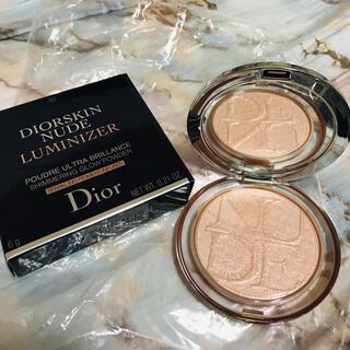 Christian Dior - ねね様専用 ディオールスキン ミネラル ヌード ルミナイザー パウダー