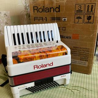 ローランド(Roland)のRoland FR-1 V-アコーディオン(アコーディオン)