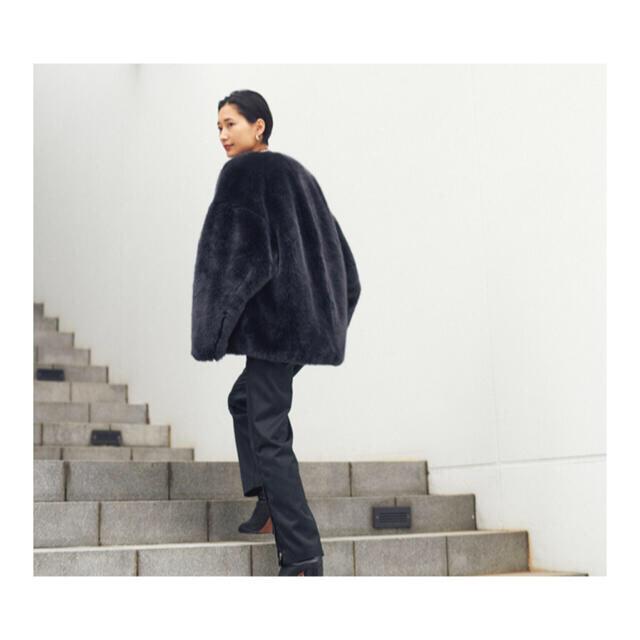 HYKE(ハイク)のHYKE FAUX FUR REVERSIBLE JACKET レディースのジャケット/アウター(毛皮/ファーコート)の商品写真