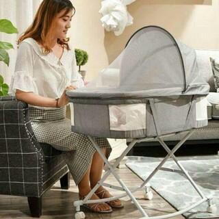 折り畳み可能な携帯型ベッドの中ベッド可動式ハンドバスケット新生児