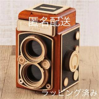 カルディ(KALDI)のKALDI レフレックスカメラ木箱 カメラチョコ 新品未開封 ショップ紙袋付き(菓子/デザート)
