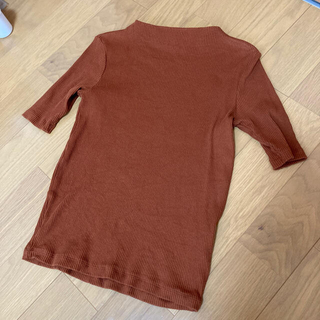UNIQLO - リブハイネックTシャツ 5分丈