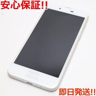 アクオス(AQUOS)の美品 SIMロック解除済 SH-01K ホワイト 本体 白ロム (スマートフォン本体)