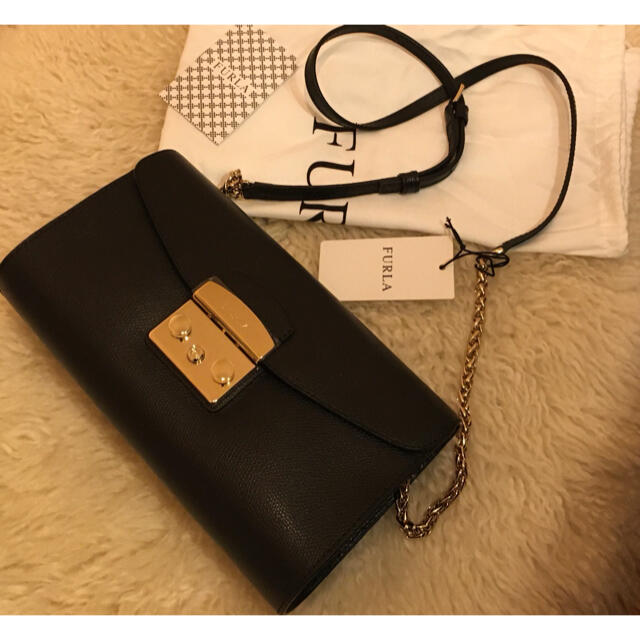 Furla(フルラ)の【新品未使用】FURLA フルラ ショルダーバッグ レディース ブラック レディースのバッグ(ショルダーバッグ)の商品写真