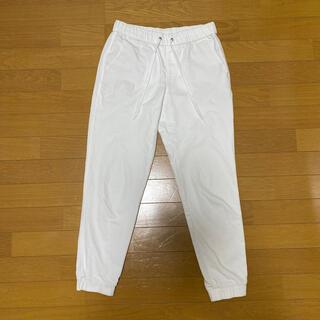 UNIQLO - ユニクロホワイトデニム ジョガーパンツ 白 M