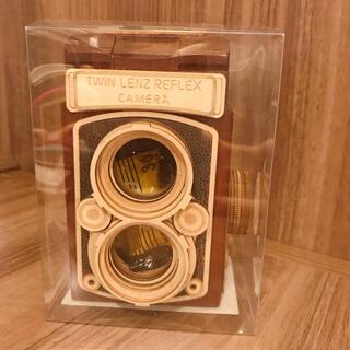 カルディ(KALDI)のKALDI カルディ レフレックスカメラ 木箱 カメラチョコ ブラウン 数量限定(菓子/デザート)