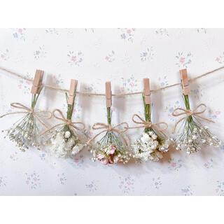 パステルサーモンピンクのバラとかすみ草のホワイトドライフラワーガーランド♡ブーケ(ドライフラワー)