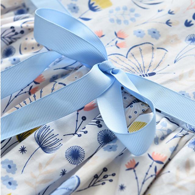 100 子供 蝶と花柄 の プリント ノースリーブ ブルーリボン ワンピース♡ キッズ/ベビー/マタニティのキッズ服女の子用(90cm~)(ワンピース)の商品写真