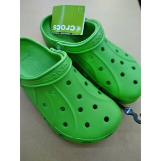 crocs - 【激安送料込み】新品グリーンcrocs クロックスメンズサンダル28cm