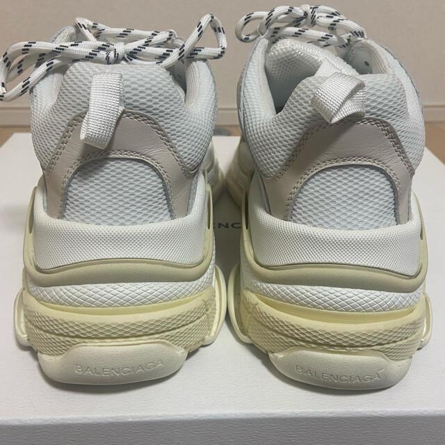 Balenciaga(バレンシアガ)のバレンシアガ トリプルS ブラン 41 メンズの靴/シューズ(スニーカー)の商品写真