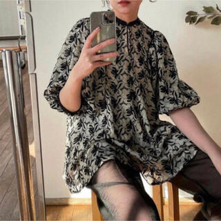 STUDIOUS - CLANE クラネ FLOWER LACE ARCH LINE BLOUSE