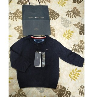 TOMMY HILFIGER - 新品未使用タグ付き ショップバッグ付 トミーヒルフィガー 18ヶ月