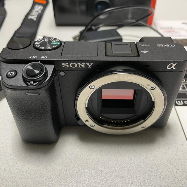 SONY(ソニー)のSONY  α6400 パワーズームレンズキット ※maimai様専用 スマホ/家電/カメラのカメラ(ミラーレス一眼)の商品写真