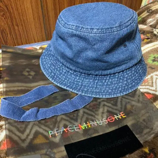 PEACEMINUSONE - peaceminusone PMO DENIM BUCKET HAT BLUE