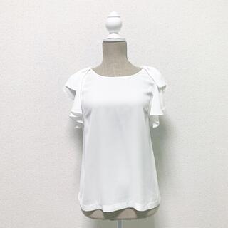レストローズ(L'EST ROSE)のレストローズ L'EST ROSE ブラウス 白 ホワイト リボン フリル(シャツ/ブラウス(半袖/袖なし))