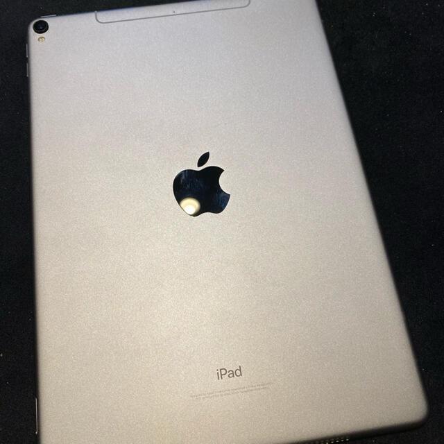 Apple(アップル)のApple iPad Pro 10.5 cellular 256GB グレー スマホ/家電/カメラのPC/タブレット(タブレット)の商品写真
