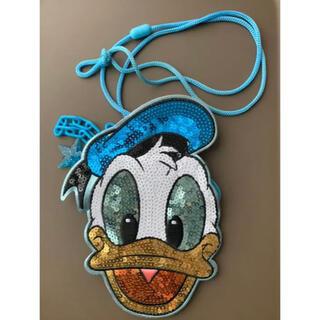 ディズニー(Disney)のドナルド チケットケース ディズニーリゾート(キャラクターグッズ)