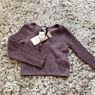 ZARA - 新品 ZARA パープル 六分袖 トップス ミニ丈 紫 薄紫
