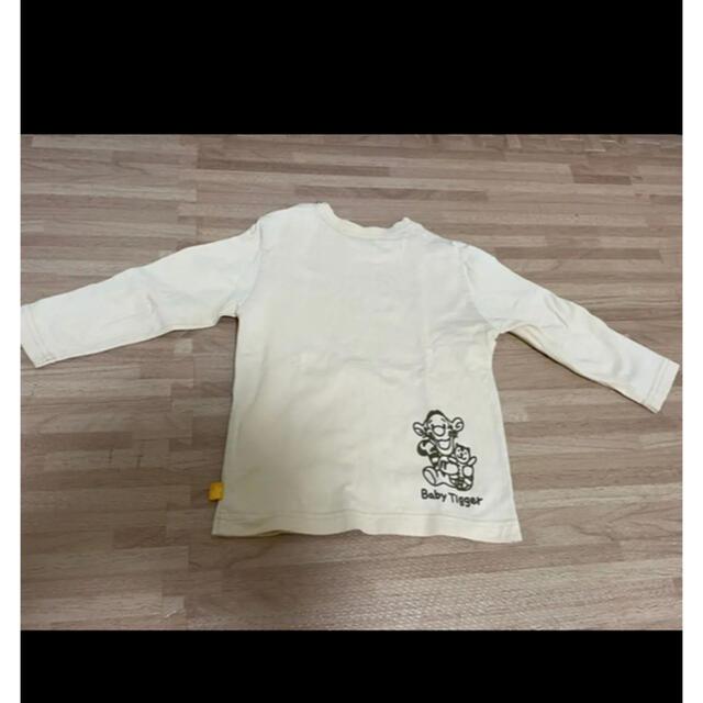 Disney(ディズニー)のおりんさま専用 プーさん ディズニー Tシャツ 長袖 90 3枚セット キッズ/ベビー/マタニティのキッズ服男の子用(90cm~)(Tシャツ/カットソー)の商品写真