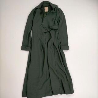 シビラ(Sybilla)のシビラ Lサイズ相当 コート グリーン ハイウエスト シャツ襟 長袖 ロング丈 (ロングコート)