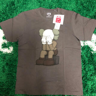 ユニクロ(UNIQLO)のUNIQLO×KAWS ユニクロ カウズ Tシャツ 新品未使用(Tシャツ/カットソー(半袖/袖なし))
