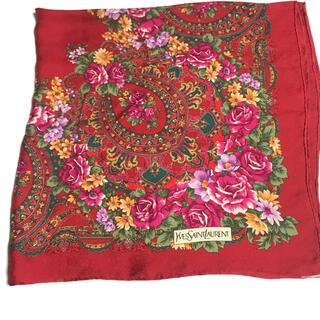 サンローラン(Saint Laurent)の薔薇柄豪華‼️ イヴ・サンローラン薔薇柄大判シルクスカーフ(バンダナ/スカーフ)