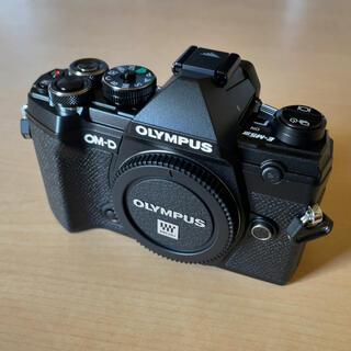 OLYMPUS - OM-D E-M5 Mark III