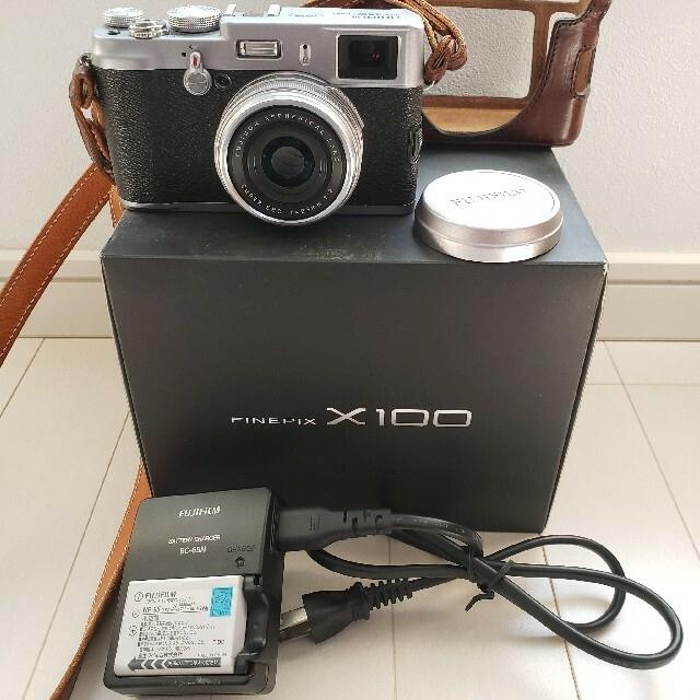 富士フイルム(フジフイルム)のFUJIFILM 富士フイルム X X100 本体 美中古 スマホ/家電/カメラのカメラ(デジタル一眼)の商品写真
