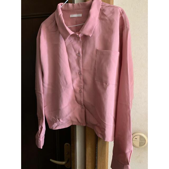SPINNS(スピンズ)のショート丈シャツ レディースのトップス(シャツ/ブラウス(長袖/七分))の商品写真