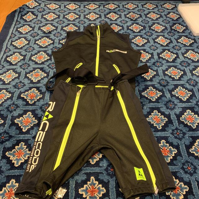 Fisher(フィッシャー)のフィッシャー スキーアルペンレーシング用ハーフパンツ&ベスト スポーツ/アウトドアのスキー(ウエア)の商品写真