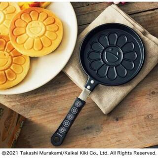 タカラジマシャ(宝島社)の付録12 雑誌12  smart 4月号 村上 隆「お花」パンケーキパン(ファッション)