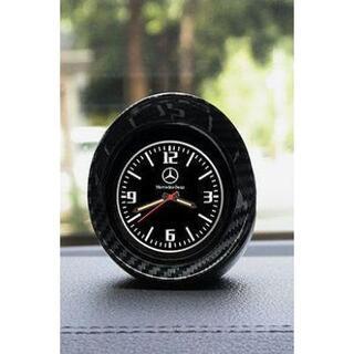 ベンツ車内を飾れるおしゃれな時計です(車内アクセサリ)