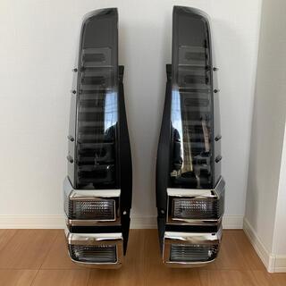 トヨタ - VOXY80 煌Ⅱ ZS 純正テールランプ