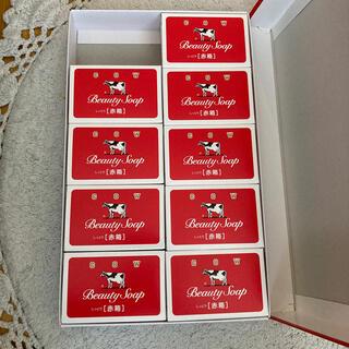 ギュウニュウセッケン(牛乳石鹸)のカウブランド赤箱石鹸(ボディソープ/石鹸)