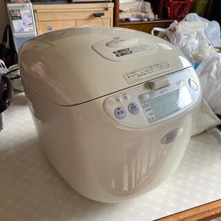 サンヨー(SANYO)の最終値下げ❣️1升炊き圧力lH炊飯器 ECJ-IHP18 93年製(炊飯器)