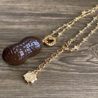 キューポット(Q-pot.)のチョコレートピーナッツ ネックレス(ネックレス)