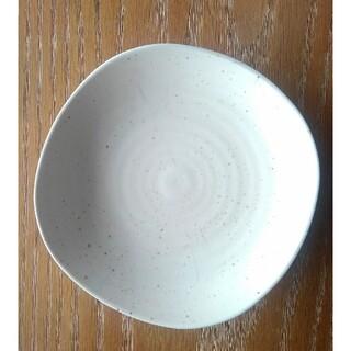 「クロワッサン」中皿(約16.7㎝)(食器)