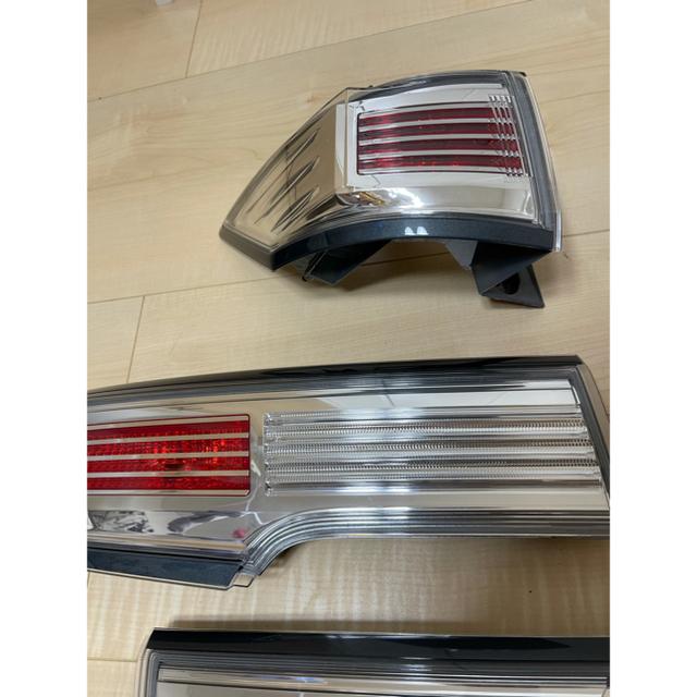 日産(ニッサン)の☆E52 エルグランド 後期テールランプ☆ 自動車/バイクの自動車(車種別パーツ)の商品写真
