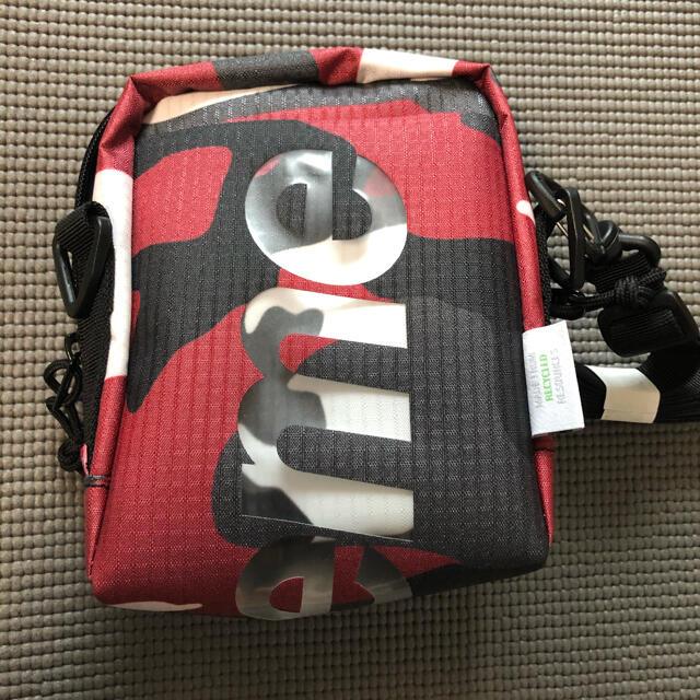 Supreme(シュプリーム)のシュプリーム ネックポーチ レッドカモ  メンズのバッグ(ショルダーバッグ)の商品写真