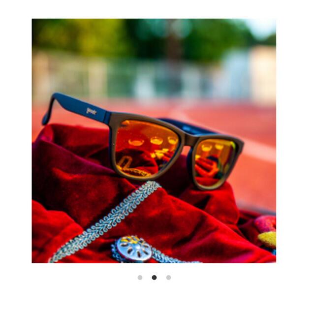 新品未使用品 goodr グダー サングラス ランニング ゴルフ オシャレ メンズのファッション小物(サングラス/メガネ)の商品写真
