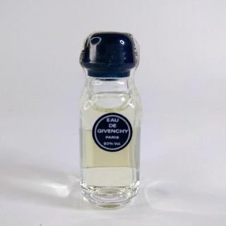 ジバンシィ(GIVENCHY)の未使用 香水 オーデ ジバンシー オーデトワレ4ml フランス製(香水(女性用))