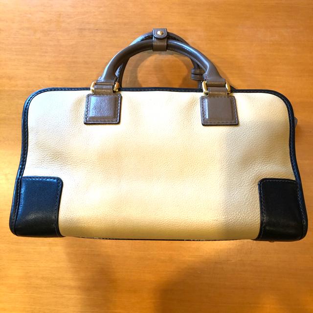 LOEWE(ロエベ)のロエベ アマソナ28❤️トリコロールカラー ベージュ、ブラック、ブラウン レディースのバッグ(ハンドバッグ)の商品写真